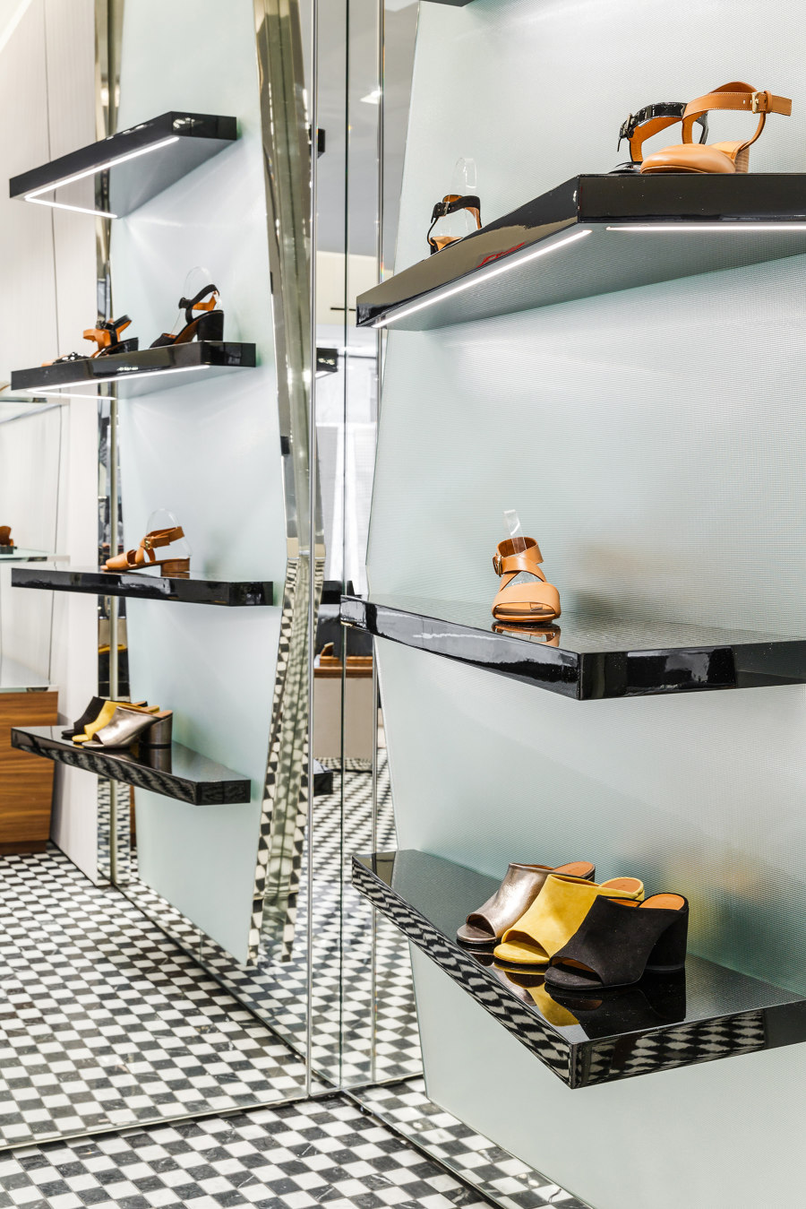 Clergerie by Vudafieri-Saverino Partners   Shop interiors