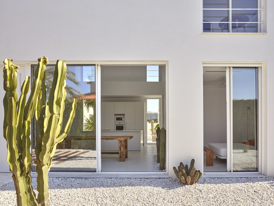 Carmen House by Carles Faus Arquitectura | Detached houses