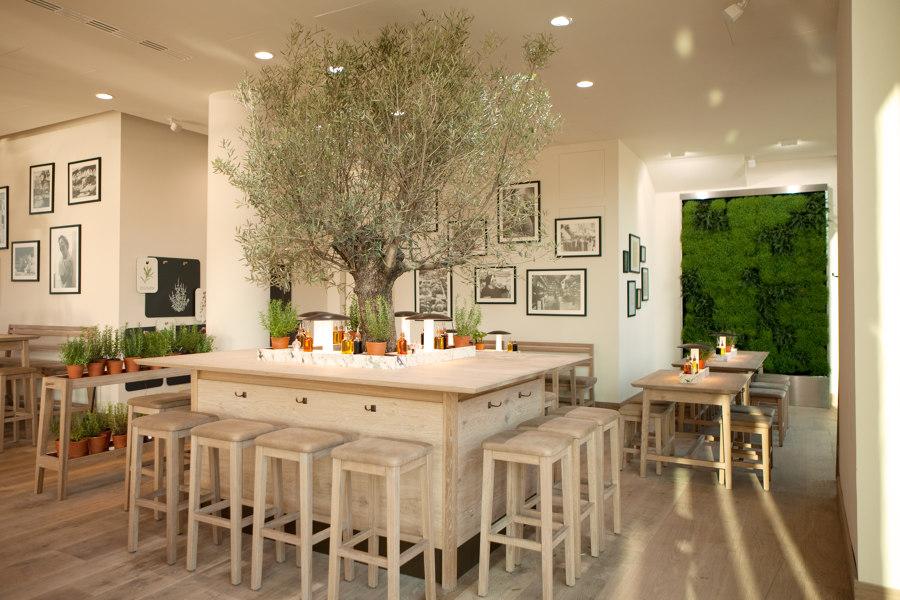 Food & Beverage retail system, Vapiano by Matteo Thun & Partners | Café interiors