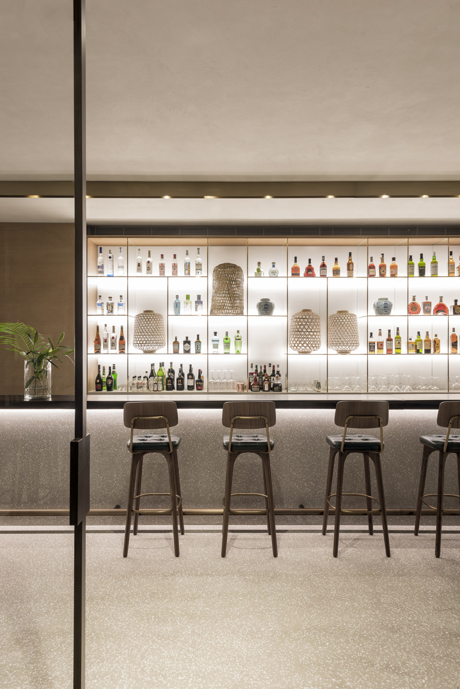 Flagship concept Store, Restaurant and Bar, Zwilling by Matteo Thun & Partners | Bar interiors