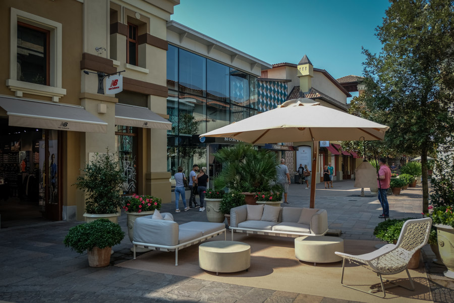 Fidenza Village von Vudafieri-Saverino Partners | Shoppingcenter