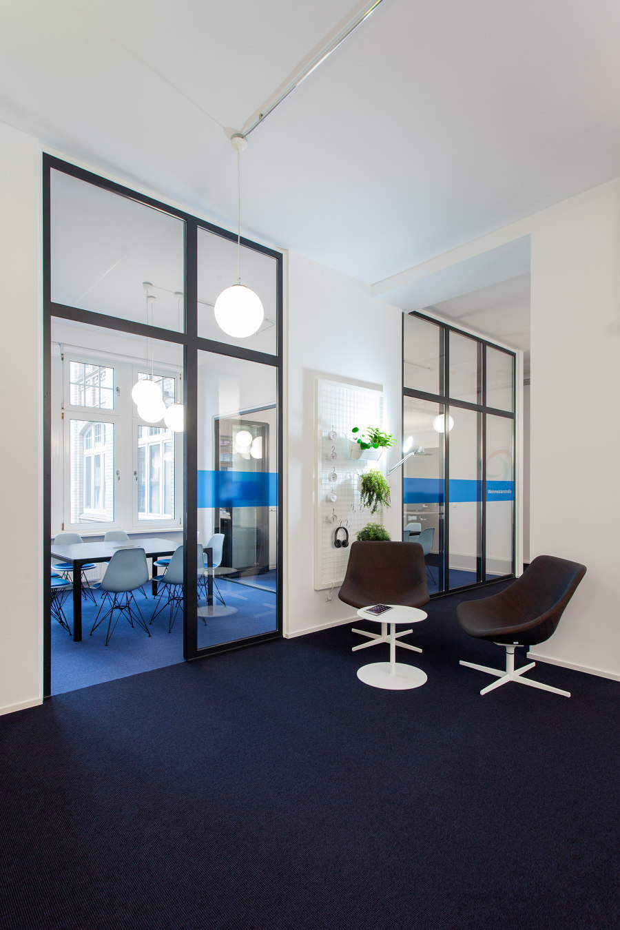 German Headquarter for Tech Start-Up in Berlin by IONDESIGN | Office facilities