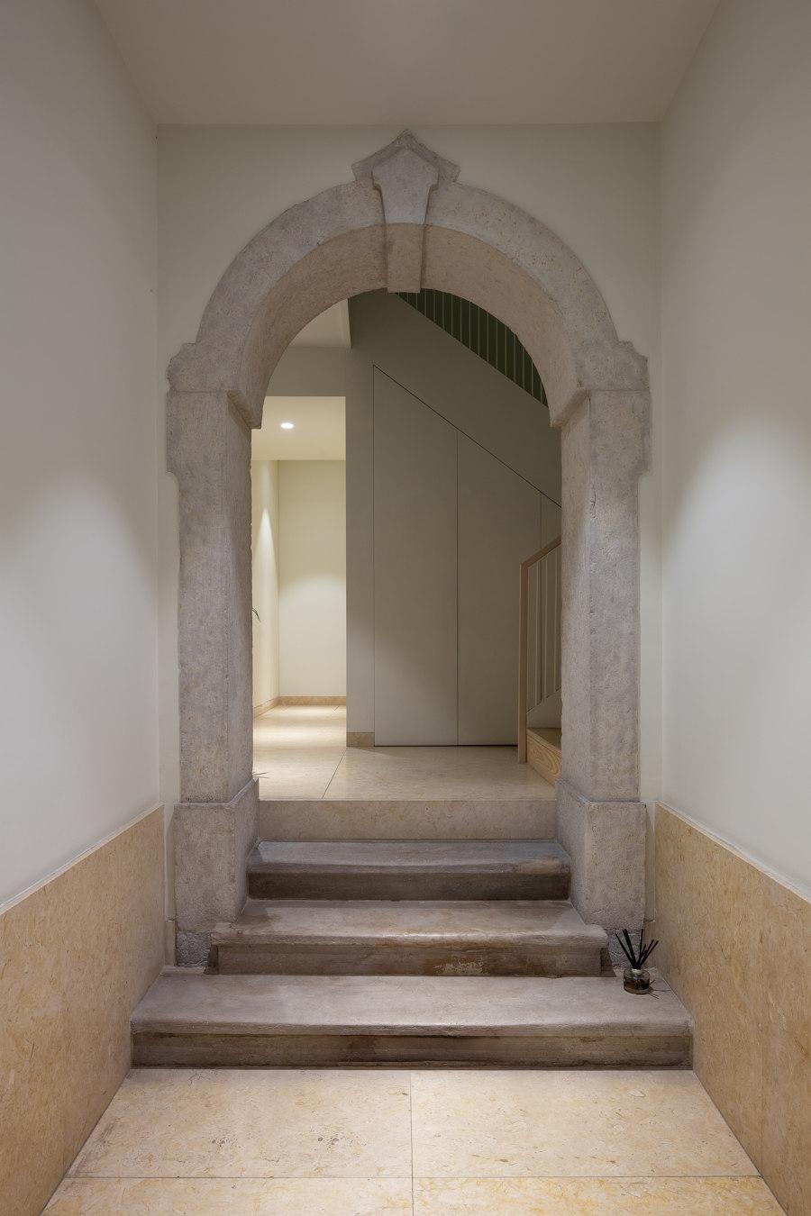 Corpo Santo 6 by Samuel Torres de Carvalho Arquitetura   Living space