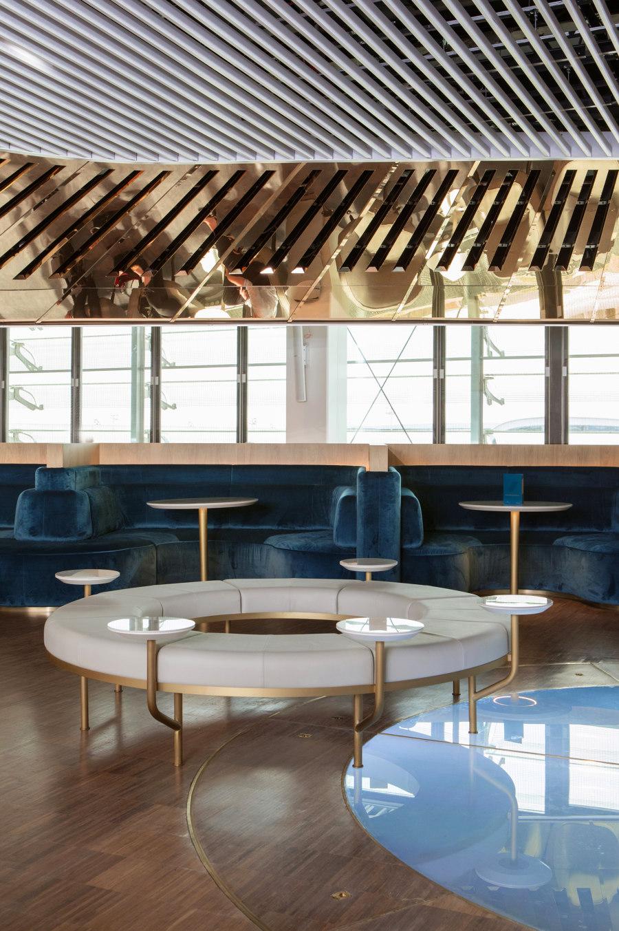 Air France business lounge by Mathieu Lehanneur | Café interiors