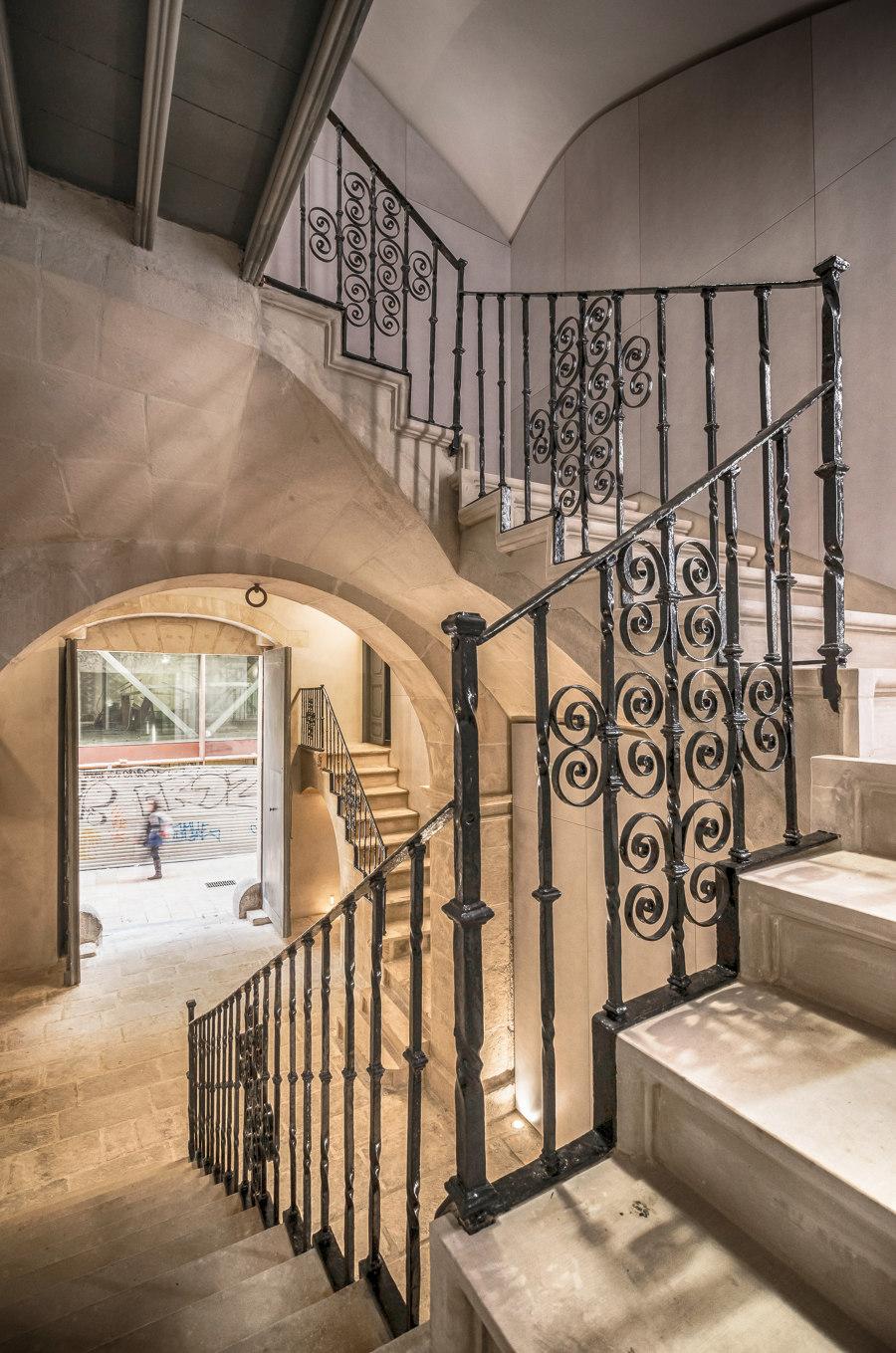 LAB15. Palacio el Portalet, S. XVIII palace by Rocamora Arquitectura   Temporary structures