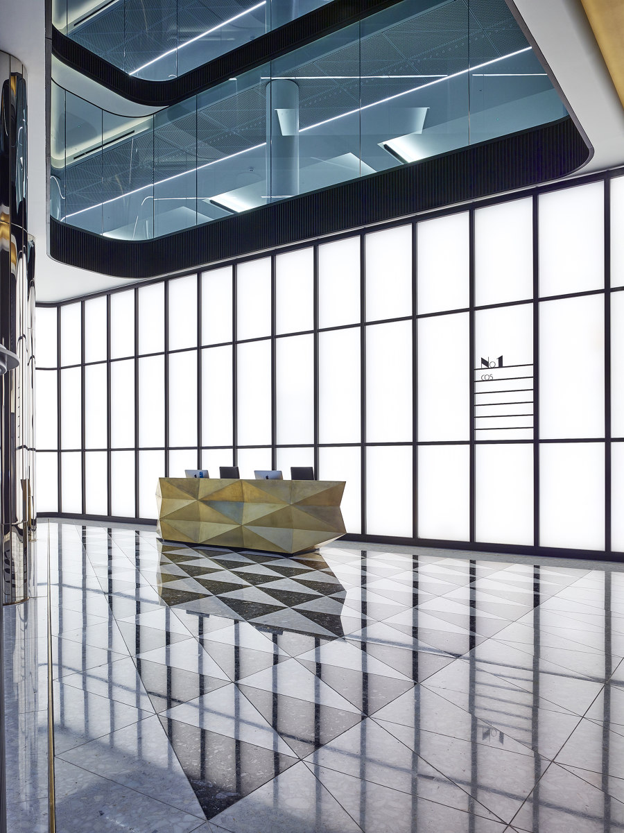 One New Oxford Street by Cooledge | Manufacturer references