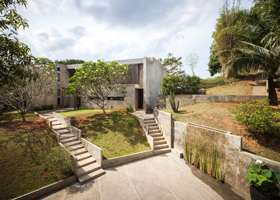Baan Chan by JUNSEKINO Architect + Design | Detached houses