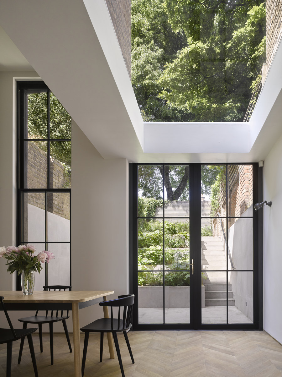 Tower House by Dominic McKenzie Architects | Detached houses