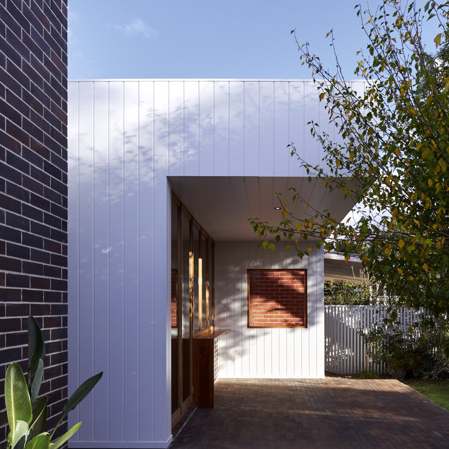 BRA by Ply Architecture   Detached houses
