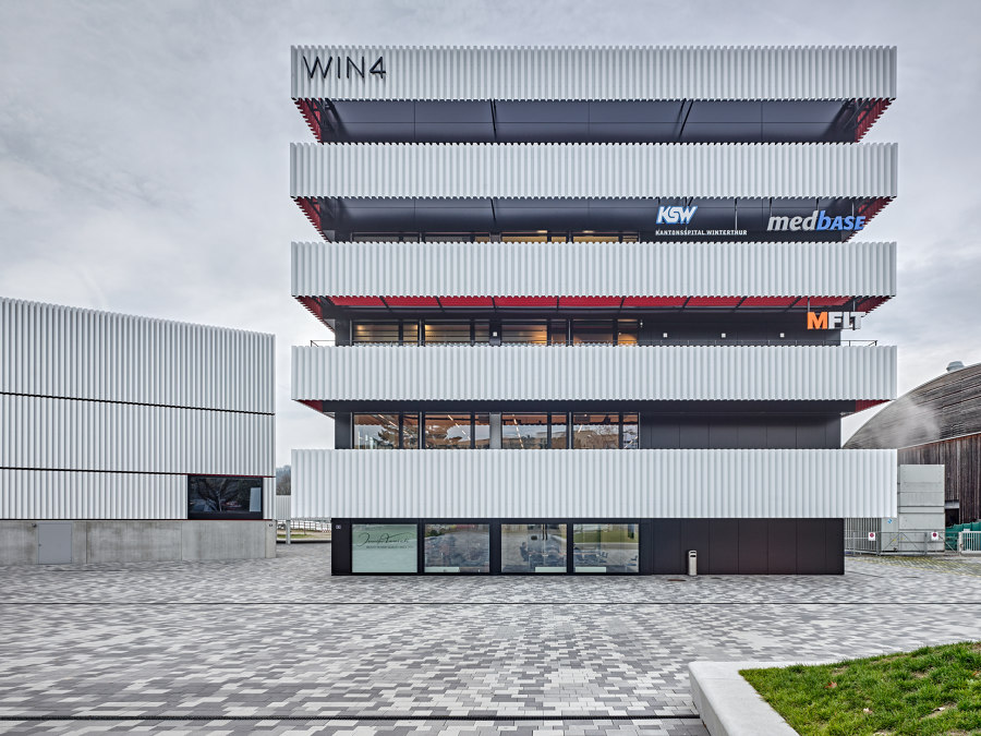 WIN4 Sports Centre by EM2N | Sports halls