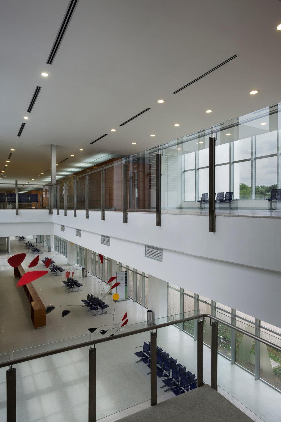 Dr. Gutiérrez Hospital by Mario Corea Arquitectura   Hospitals
