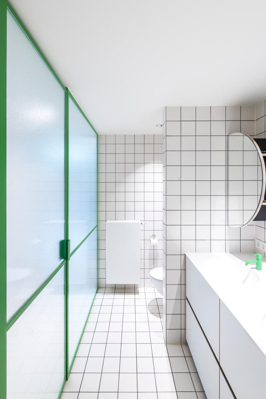 Antwerp Townhouse renovation von Van Staeyen Interieur | Wohnräume
