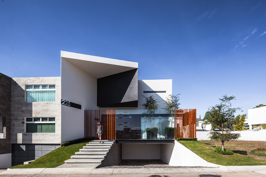 225 House by 21 arquitectos | Detached houses