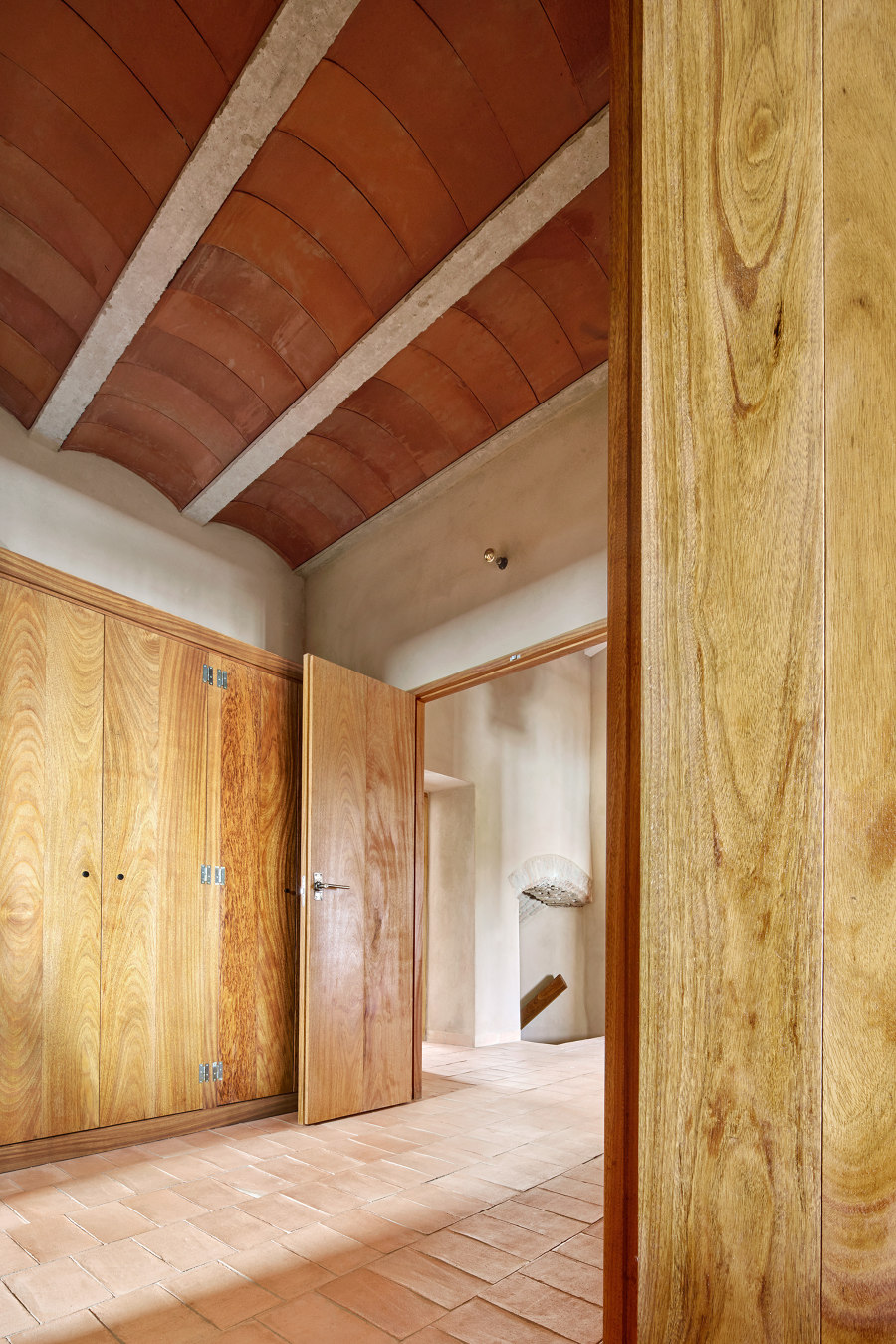 Casa Villalba de los Barros von Lucas y Hernández-Gil Arquitectos | Wohnräume