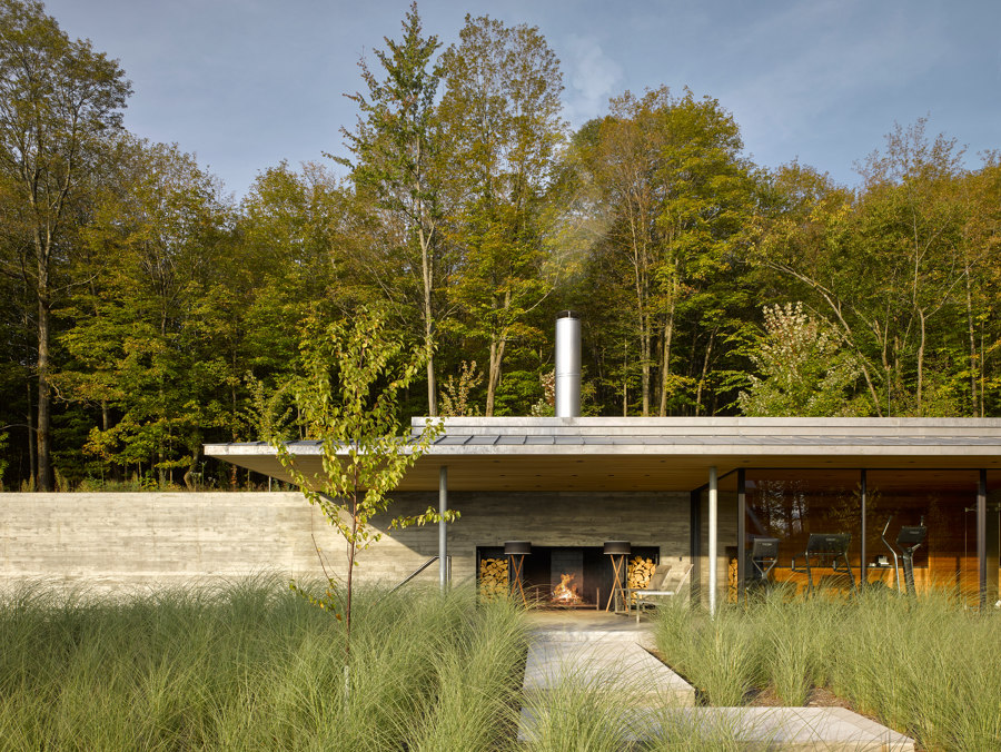 Quebec Pool House by MacKay-Lyons Sweetapple Architects Ltd | Detached houses