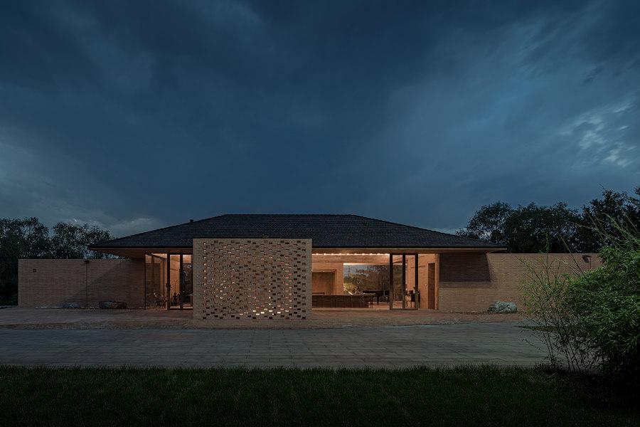 Courtyard Villa by ArchStudio | Detached houses