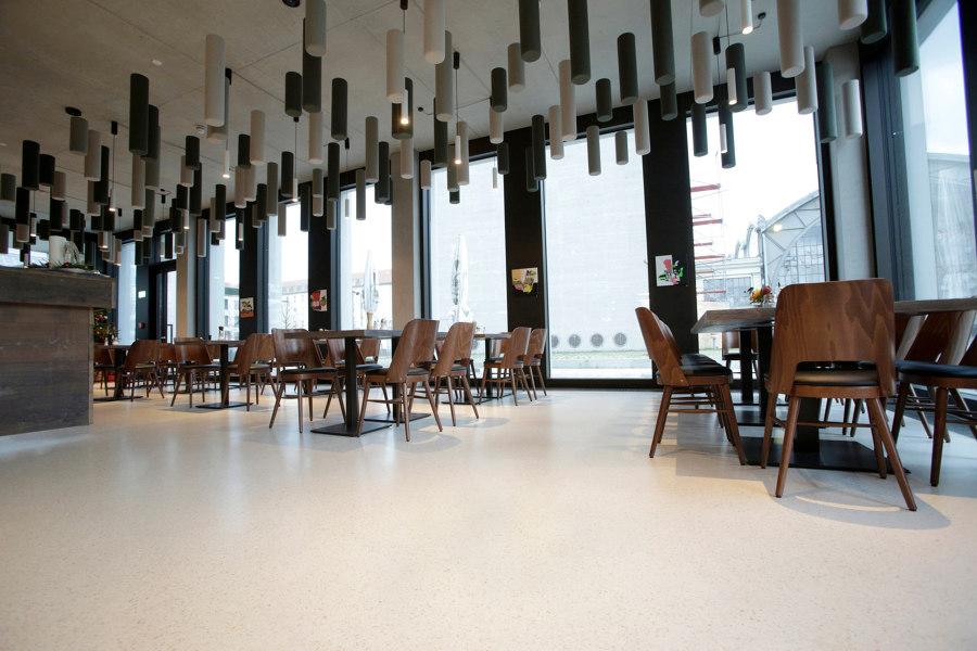 Café Reinhard Bär von PANDOMO   Herstellerreferenzen