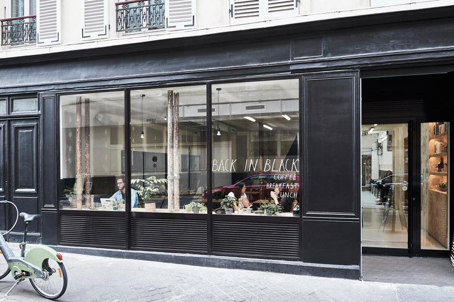 Back in Black by Minnaërt Studio | Café interiors
