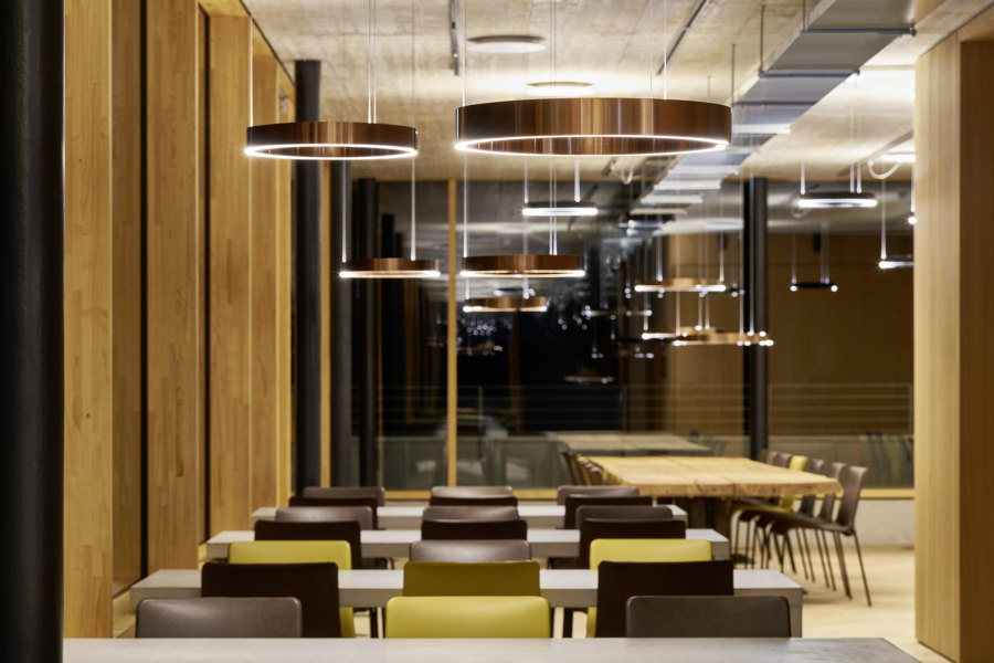 BORA Verwaltungs- & Trainingsgebäude by Occhio | Manufacturer references