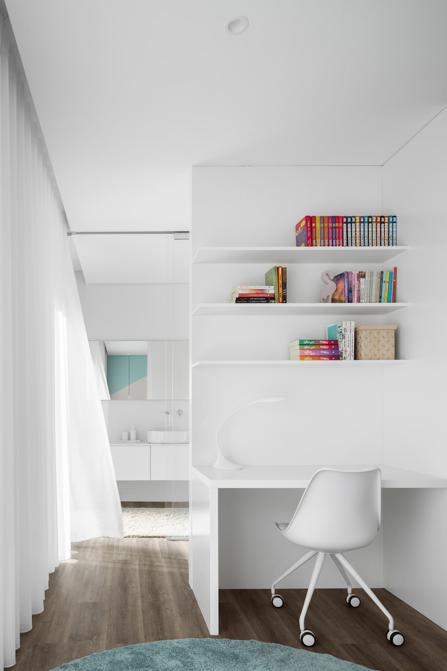 J House by FRARI | Detached houses