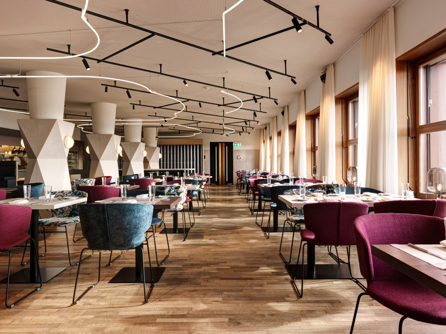 THE NEW LOOK OF THE RESTAURANT OF HOTEL ZURICHBERG by Dade Design AG concrete works Beton | Manufacturer references