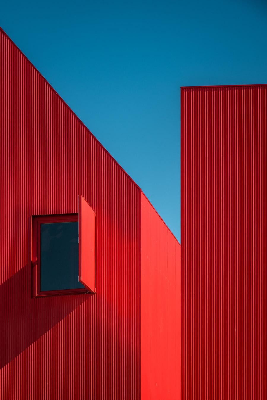 Casa 3000 by Rebelo de Andrade Architecture & Design   Detached houses