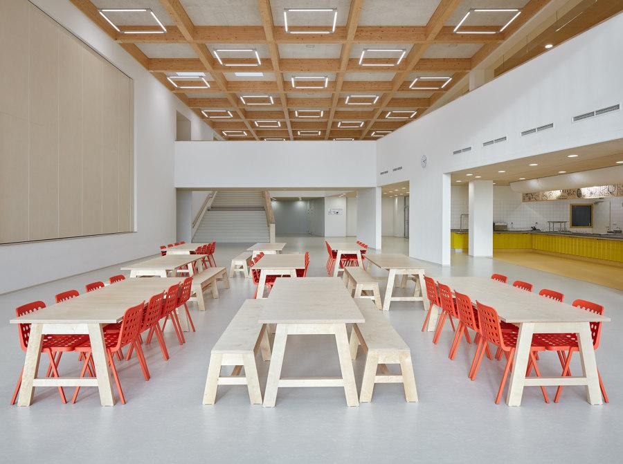 Elementary School Amos by SOA Architekti   Schools