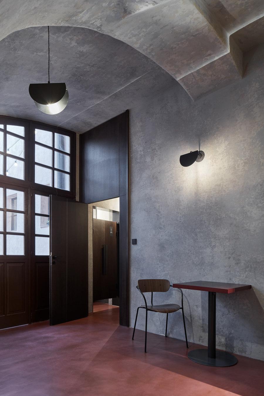 Autentista Wine Bar by Formafatal | Bar interiors