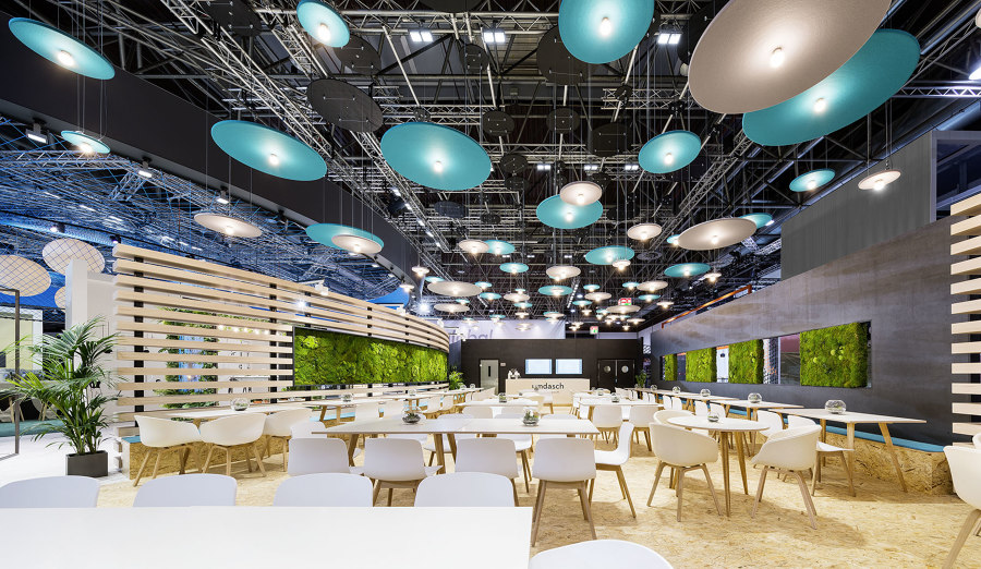 umdasch – The Store Makers exhibition stand at EuroShop 2020 by DOBAS AG | Trade fair stands