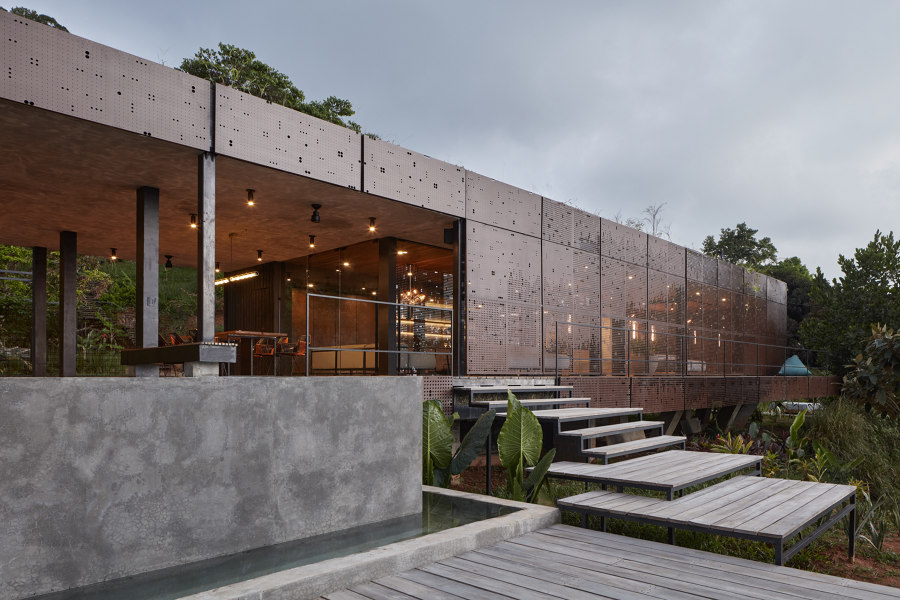 Atelier Villa by Formafatal | Detached houses