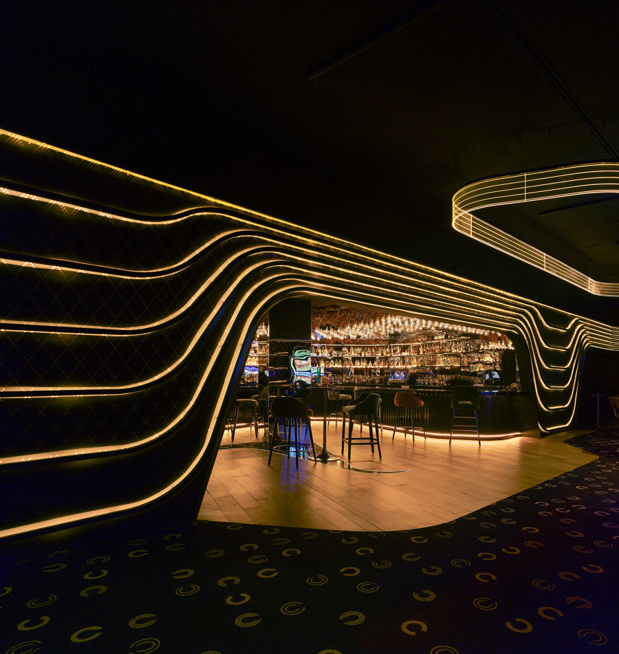 Hotel 5*, restaurants and nightclub  in Badajoz by Clavel Arquitectos | Bar interiors
