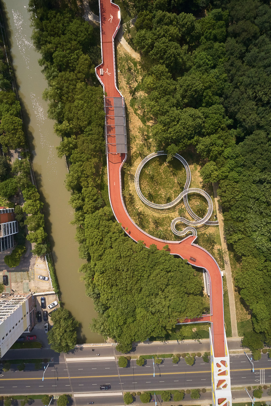 Jiangyin Greenway Loop by BAU Brearley Architects + Urbanists | Bridges