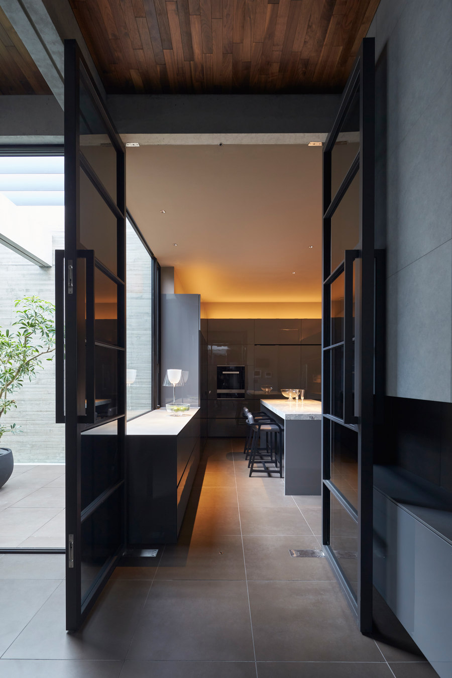 Ortho by APOLLO Architects & Associates | Detached houses