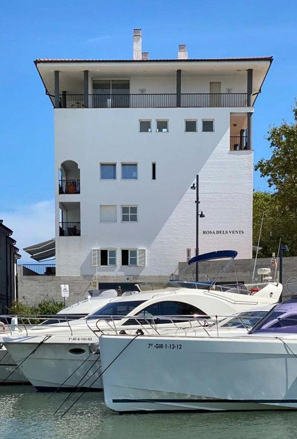 Club Náutico Port d'Aro by URBIDERMIS SANTA & COLE | Manufacturer references