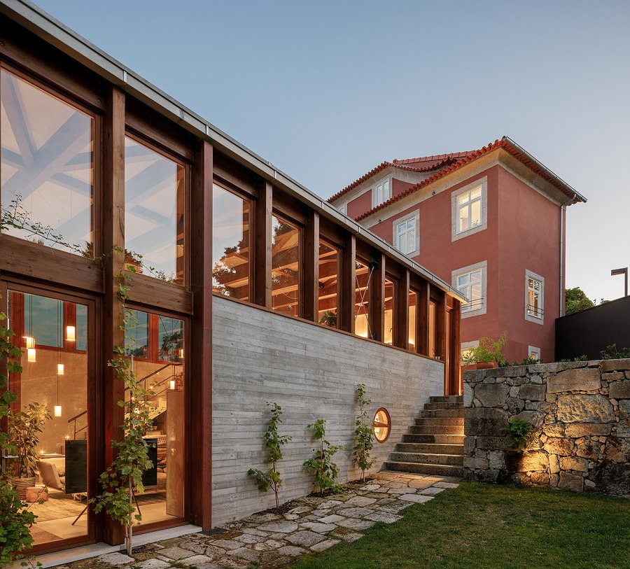 Golgota by Floret Arquitectura | Detached houses