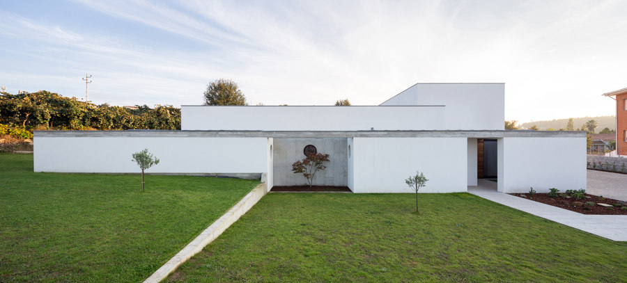 RM House by Pedro Miguel Santos | Detached houses