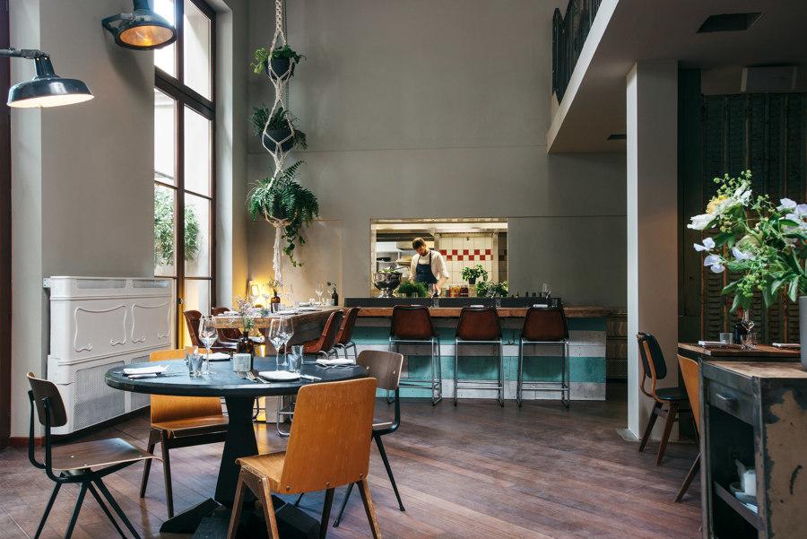 Kink Bar & Restaurant by Oliver Mansaray and Daniel Scheppan | Bar interiors