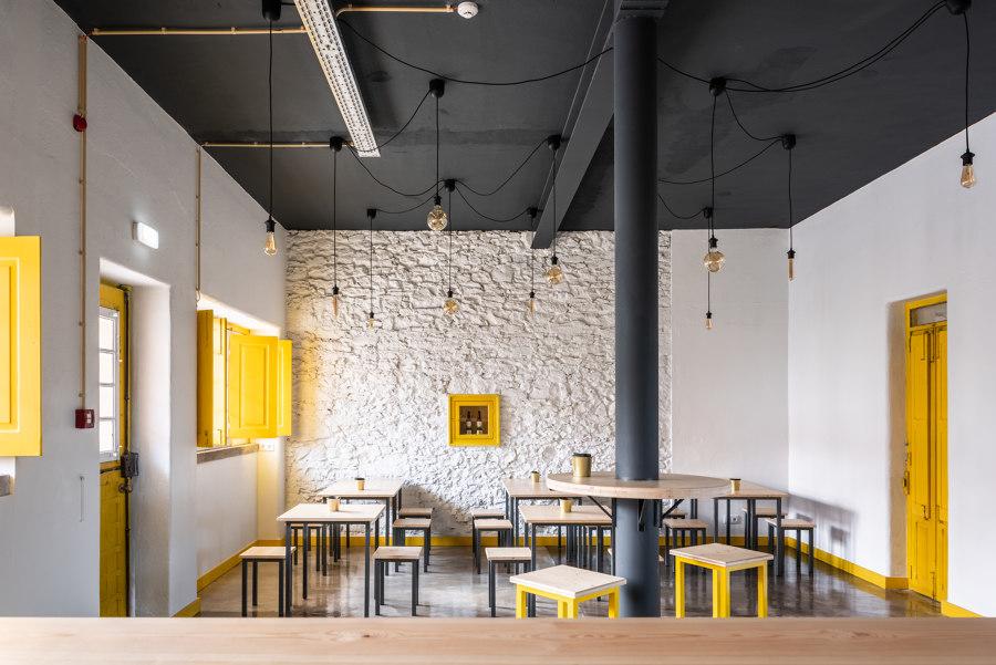 Brewpub in Colares by SER-ra   Restaurants