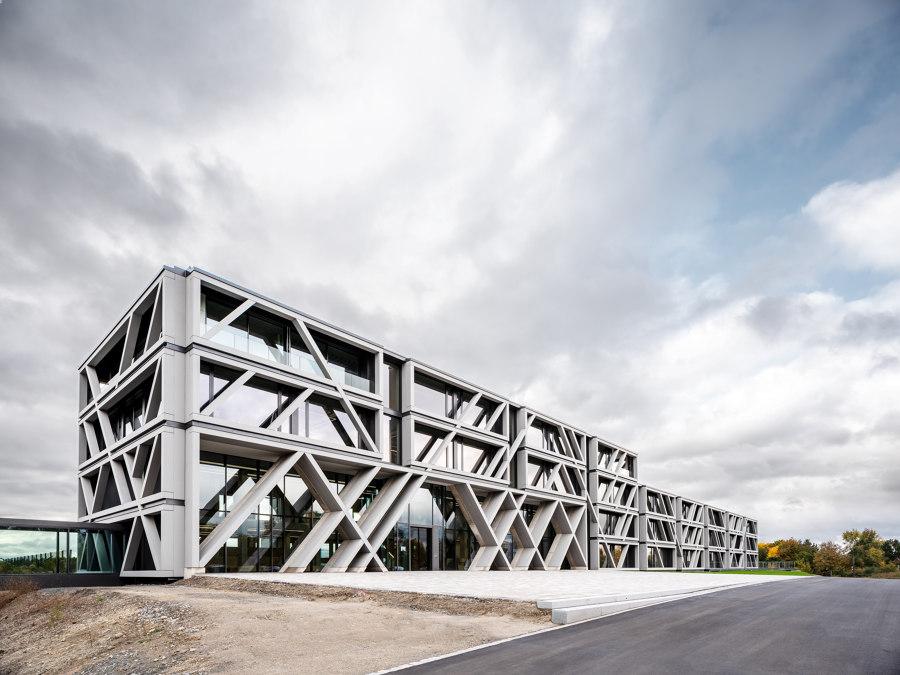 IGZ Campus Falkenberg by Jürgen Mayer H. | Office buildings