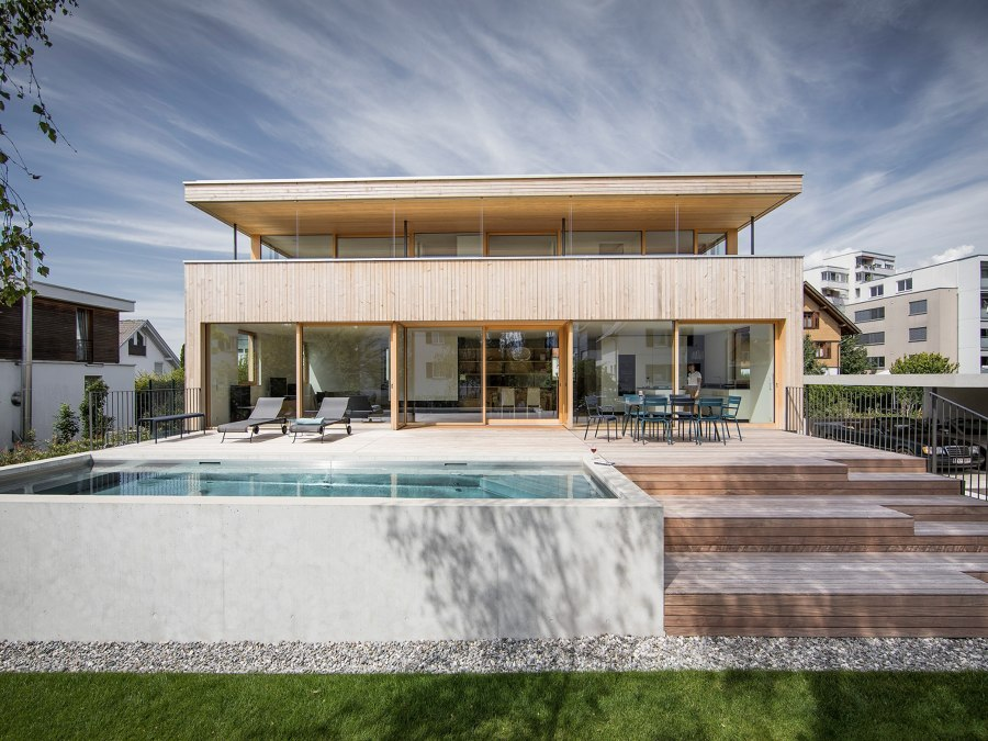 House STA by Dietrich Untertrifaller Architects | Detached houses