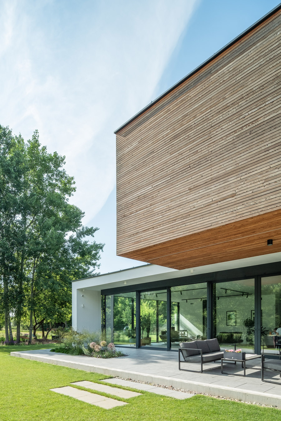 Plus House by Stoprocent Architekci | Detached houses