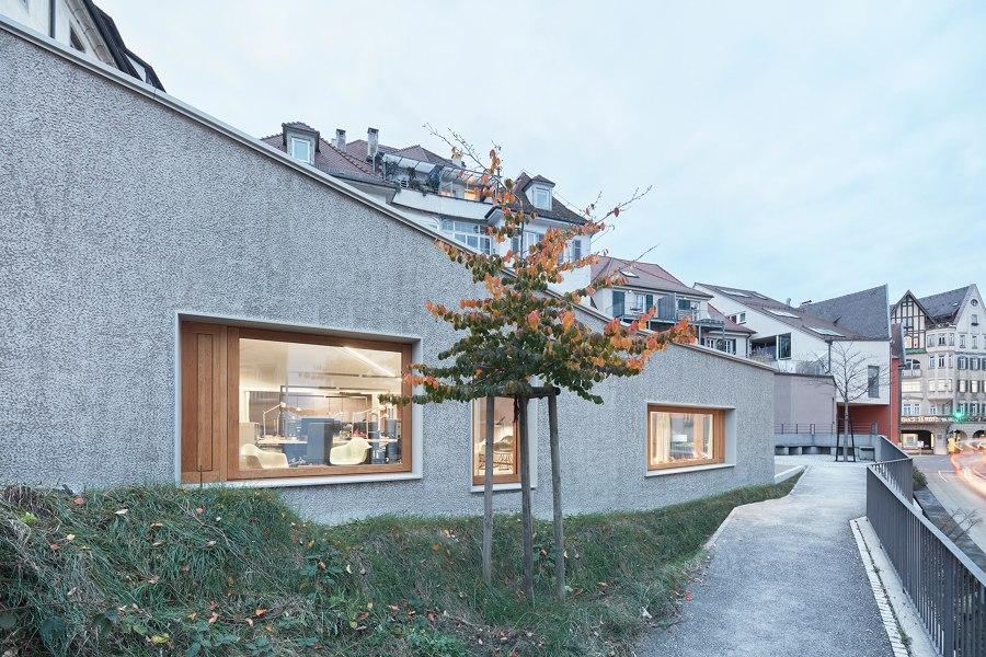 Umbau und Anbau Wohn- und Geschäftshaus by Dannien Roller Architekten und Partner | Office buildings