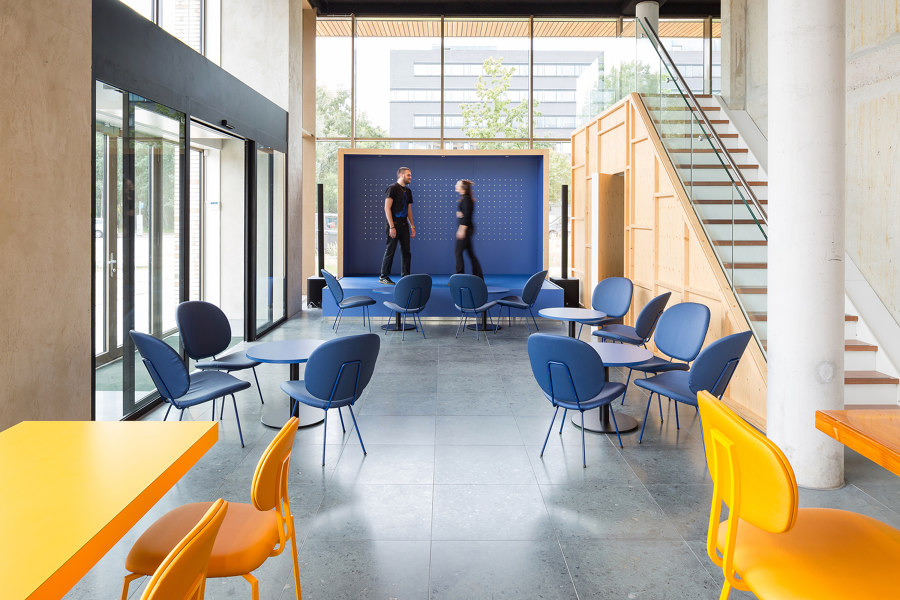 WOW Lieven Cultural Hub by Atelier Carloalberto   Office facilities