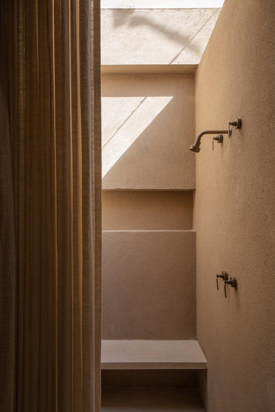 Dois Trópicos by MNMA Studio | Shop interiors