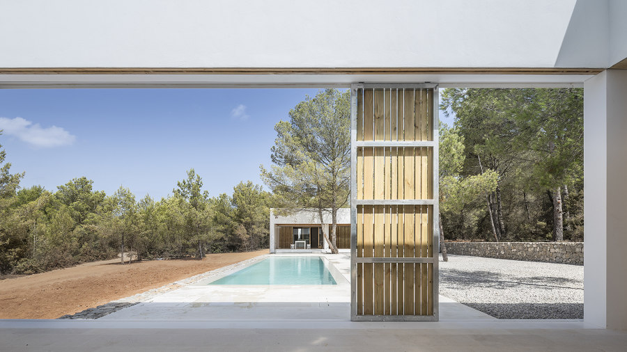 Ca l'Amo House by Marià Castelló Architecture | Detached houses