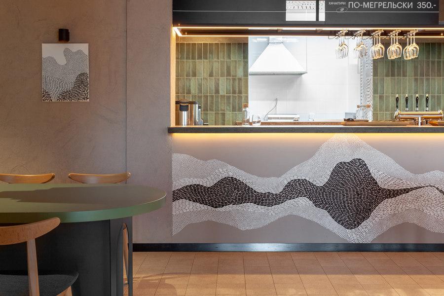 Shavi Bistro by Studio SHOO   Café interiors