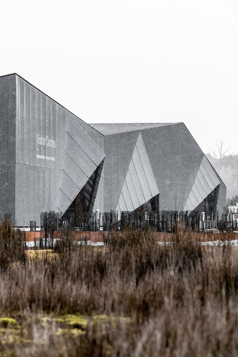 Cradle Mountain Visitor Centre by Cumulus Studio   Trade fair & exhibition buildings
