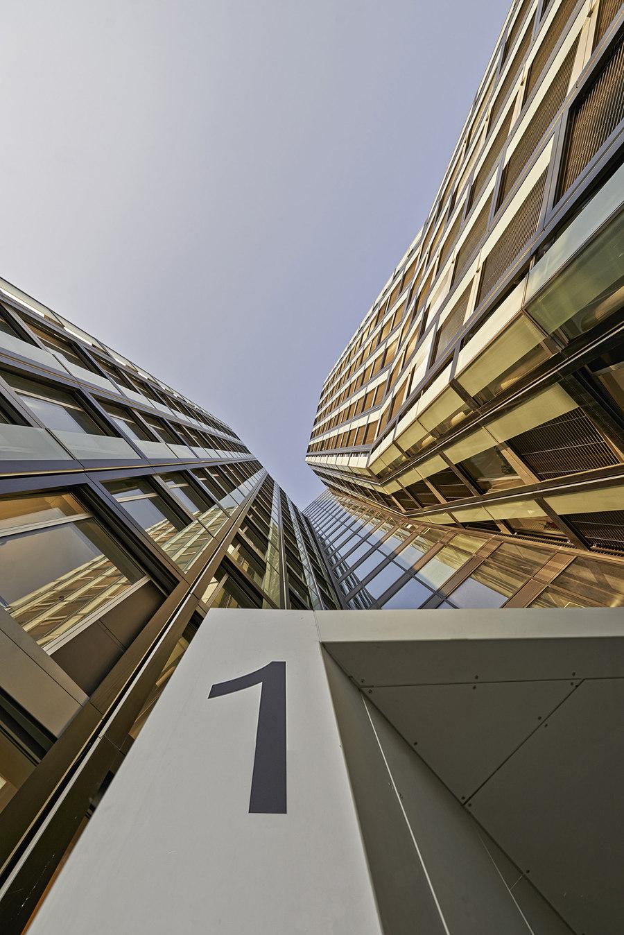 Tanzende Türme by Hadi Teherani   Office buildings