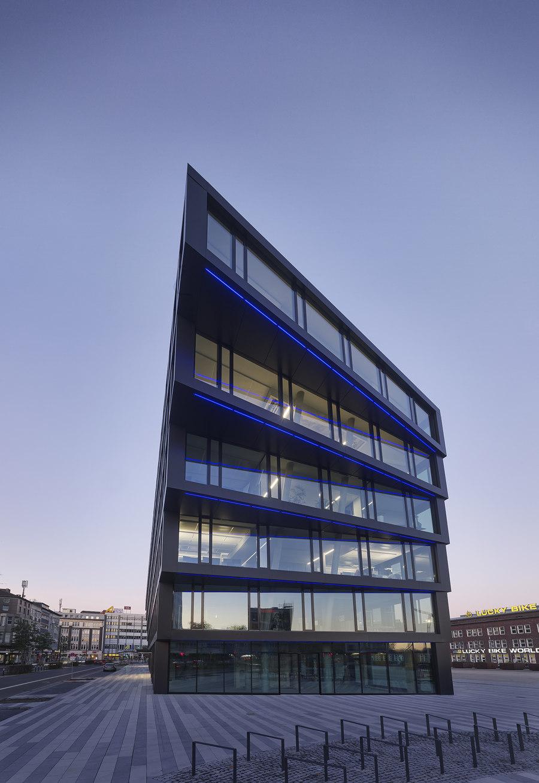 Mercator One by Hadi Teherani   Office buildings