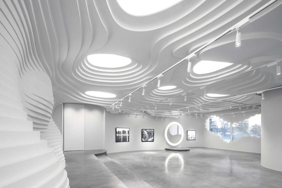 White Cave Gallery by 123 architects   Shop interiors